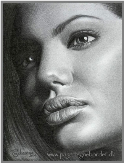 Angelina Jolie by paya